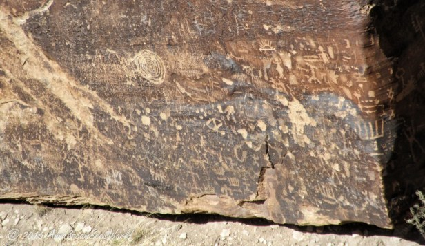 Newspaper Rock showing 650 petroglyphs with some of them dating back over 2000 years.