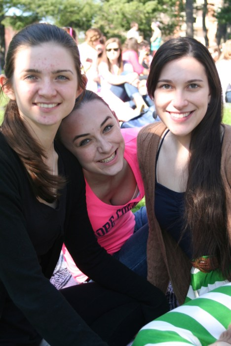 Maribeth, Jordan, and Rachael (dancers and very lovely young ladies <3)