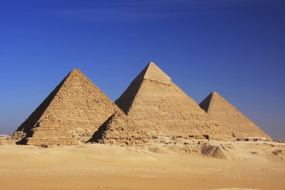 [Carlos Erik Malpica Flores]: Egypt