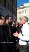 Roma, manifestazione - Matteo Salvini e un abitante del centro Italia