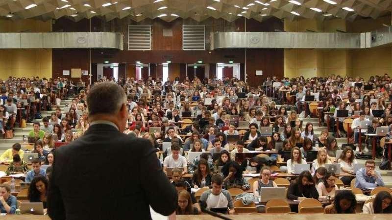 قراءة في واقع التعليم العالي والبحث العلمي العام والخاص بالمغرب في زمن وباء كورونا