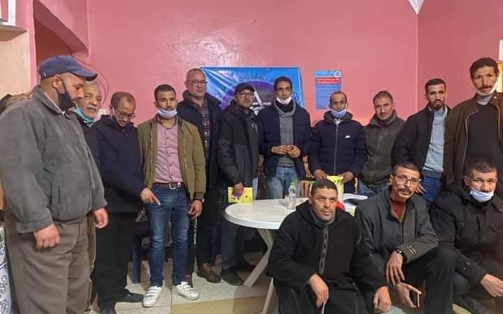 رئيس الجمعية المغربية لحقوق الإنسان الرفيق عزيز غالي بزيارة للتضامن مع عمال جبل عوام المعتصمين