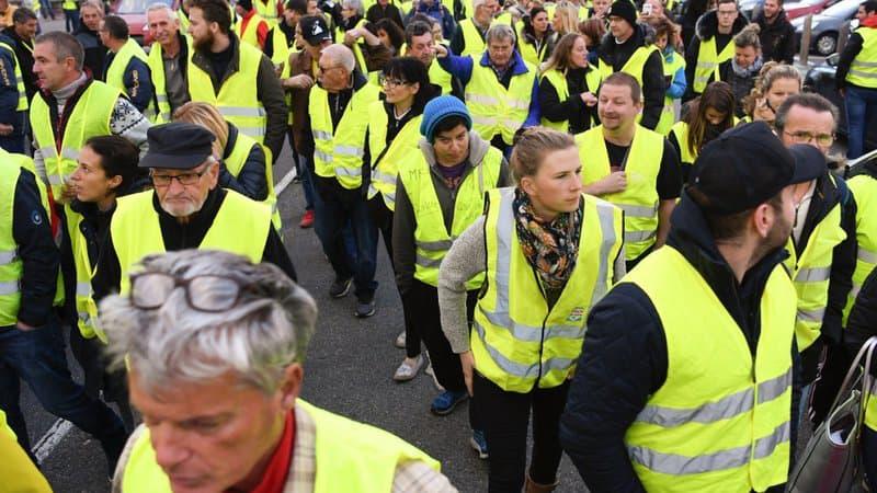 باريس: السترات الصفراء يتظاهرون ببيرسي