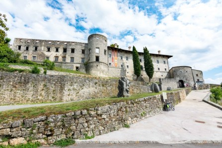Defensive Wall in Štanjel