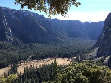 Hike to upper Yosemite falls