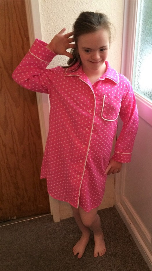 Lionheart nightgown Simplicity 1504