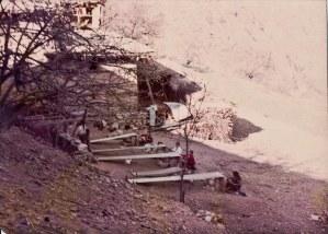 Women weaving in Humla, 1992.