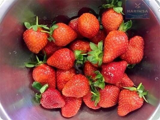 ❤春天就是要與草莓談戀愛❤Harimsa西班牙烘焙廚藝教室。跟著顧家好男人的總經理來做草莓千層派、海綿斑馬蛋糕、肉桂吉拿棒