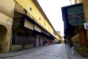 Ponte Vecchio before in the morning before tourists...