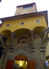 Vasari Corridor wrapping around existing tower