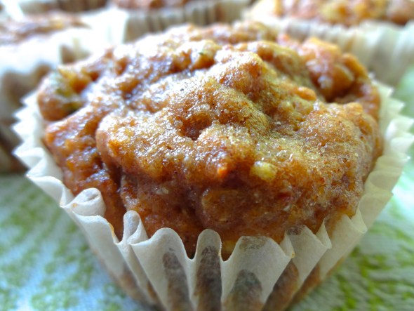 ZUCCHINI, CARROT, AND PINEAPPLE BREAKFAST MUFFINS