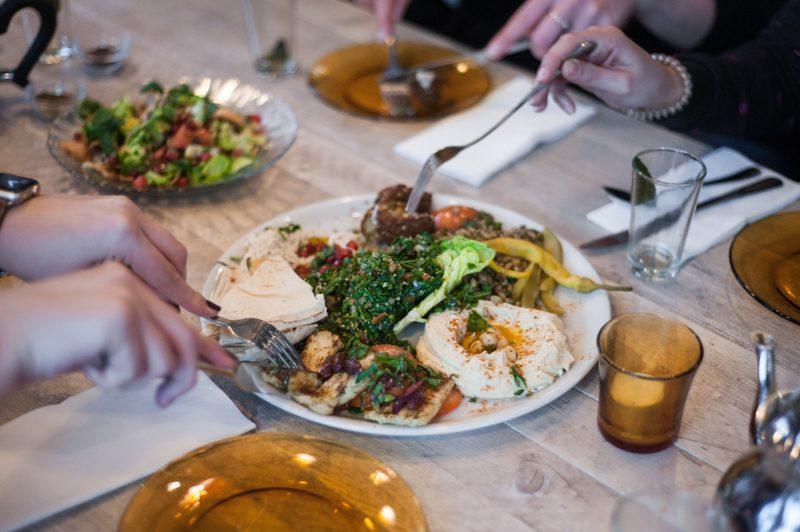 Libanees eten in Utrecht Hoog Catharijne