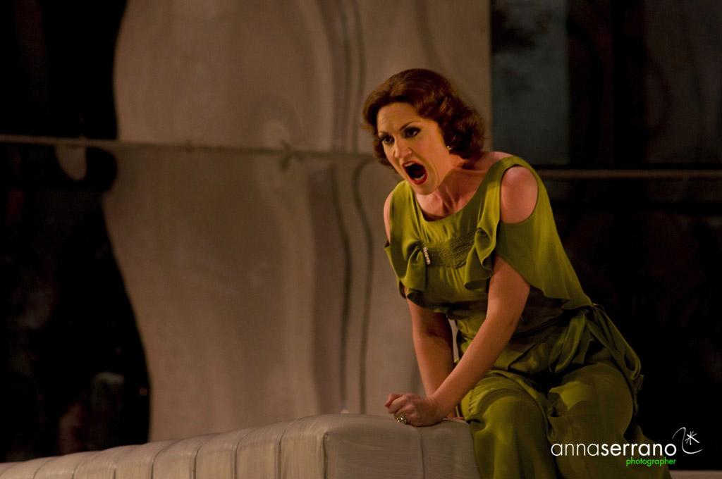 Emma Bell, opera singer