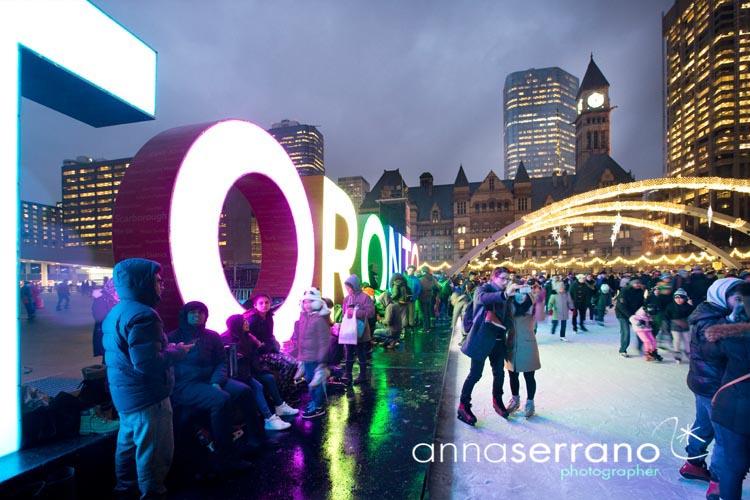 America, North America, Canada, Ontario, Toronto, Nathan Phillips Square