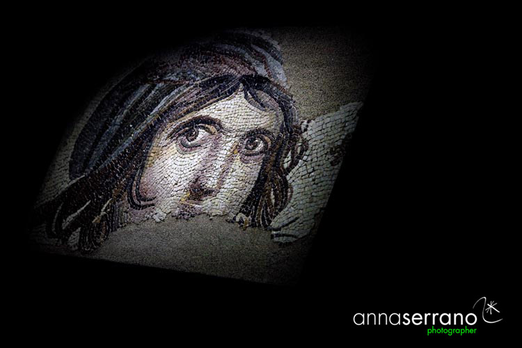 Turkey; South Eastern Anatolia; Gaziantep; Zeugma Museum, the Gipsy girl