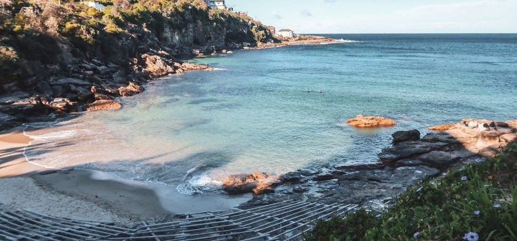 Best Hidden Beaches and Bays in Sydney, Australia