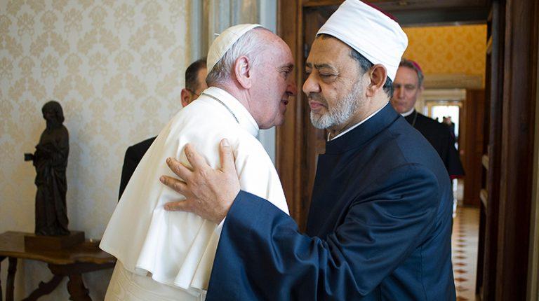 وثيقة الأخوّة الإنسانيّة موقّعة من البابا وشيخ الأزهر!