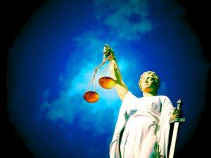 quanto pesa il giudizio delle persone