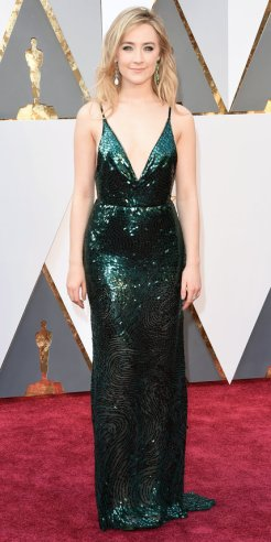 Saoirse Ronan, abito Calvin Klein Collection, gioielli Chopard