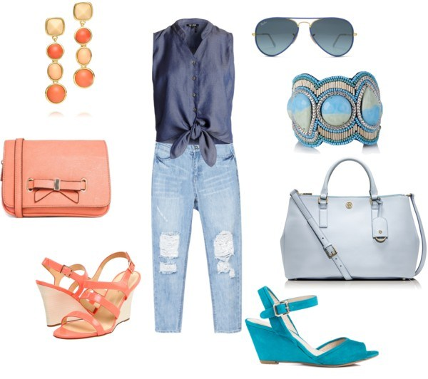 The boyfriend jeans di annaturcato contenente heeled sandals