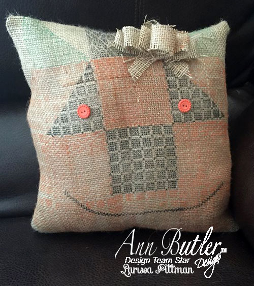 Faux-Quilted-Pumpkin-Pillow-2