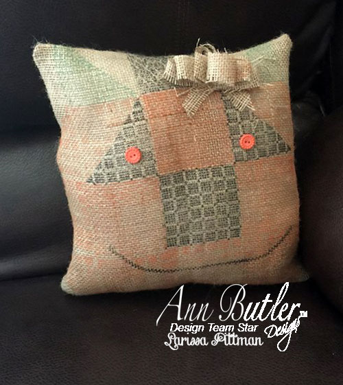 Faux-Quilted-Pumpkin-Pillow