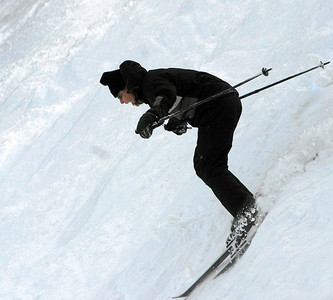 Anne skiing to her doom