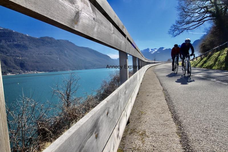 Le tour du Lac d'Annecy à vélo