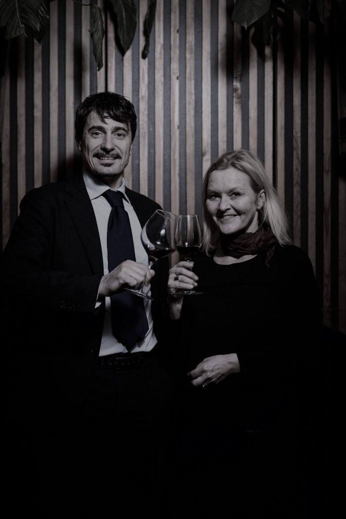 Amarone er en av de heftigste og tyngste vinene, både i pris, smak og alkohol. Norge er ett av dens viktigste markeder. Hva er det med nordmenn og Amarone?