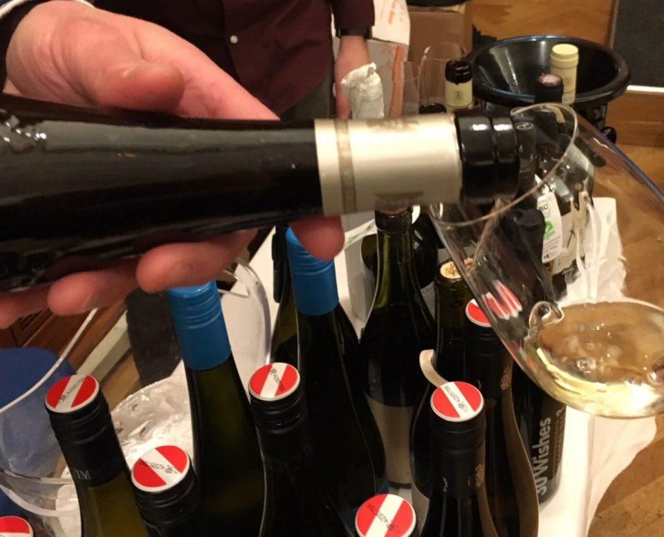 Det er et nytt år og det første slippet av nye viner på Vinmonopolet. Hvorfor ikke startet det nye året med nye viner i glasset. Her er noen forslag til viner som kommer i salg 12. januar på norske pol.