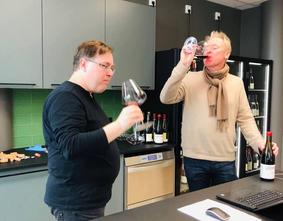 Det er tid for slipp av vin fra Burgund 2016. En tøff årgang værmessig som ga svært lite vin, men kvaliteten den er god og prisene høye. Her kan du lese om noen av mine favoritter i de ulike priskategoriene som lanseres 8. februar 2019.