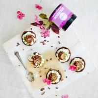 Raaka mini kuppikakut // Raw mini cupcakes with choc-mint fudge filling