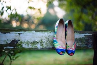 Huwelijksfotograaf Sieska & Sander - Aalter Biezemhof - Beernem - voorbereidingen - schoenen