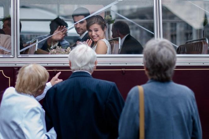 Huwelijkfsfotograaf Brugge Kasteel Moerkerke romantisch spontaan