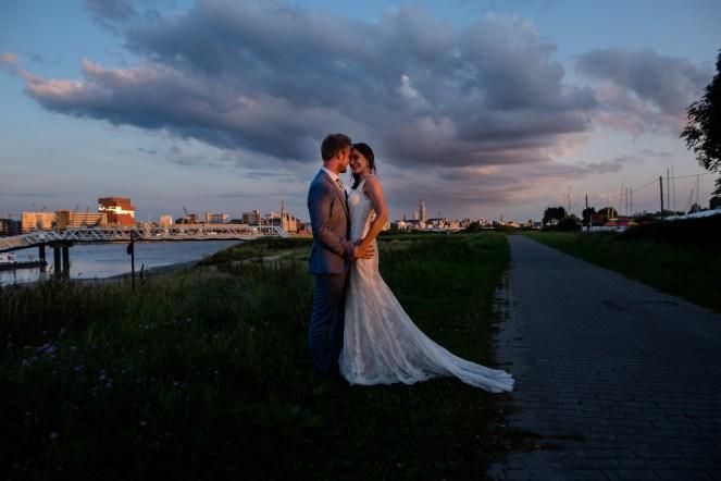 Huwelijk Strantwerpen - Antwerpen - Kleurrijk - Bohemian - JPC Collections -sunset
