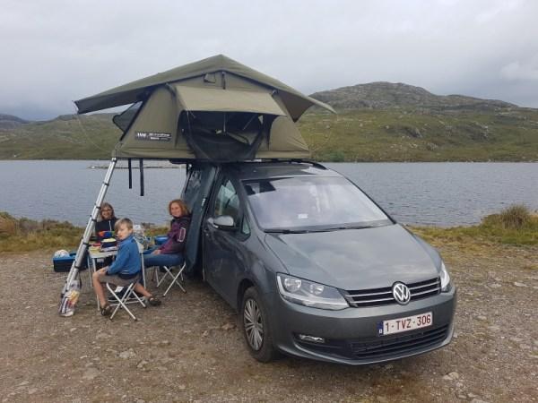 kamperen in de daktent aan Loch Tollie
