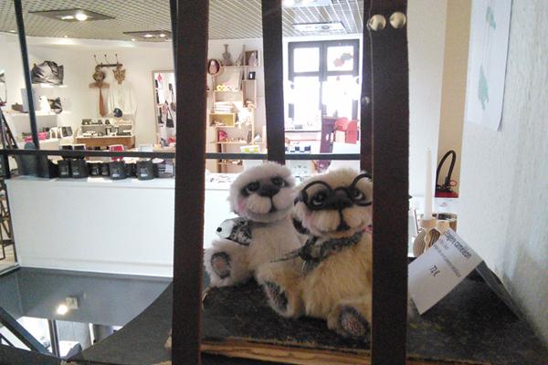Ernest et Gontran, ours de collection créés par Anne-Marie Verron OOAK alpaca bear