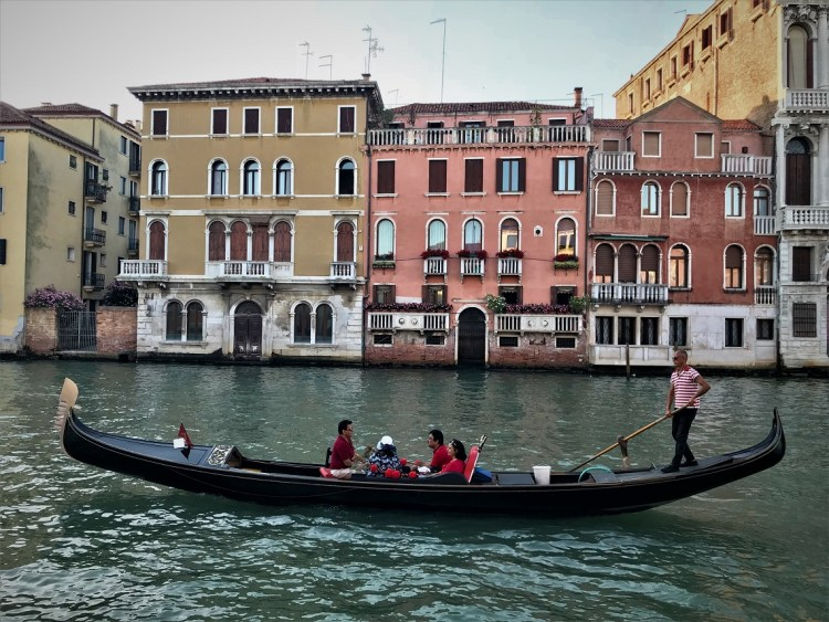 Beautiful Boutique Hotel on the Venice Grand Canal.