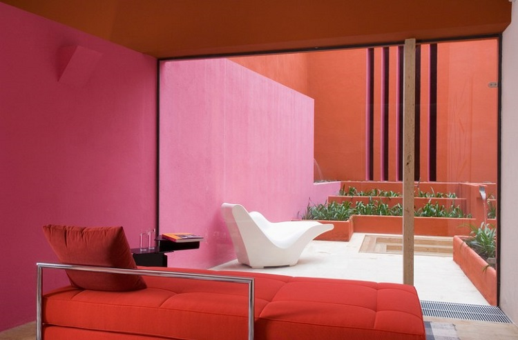 10 Reasons to Love Living Coral - Pantone's 2019 Colour of the Year