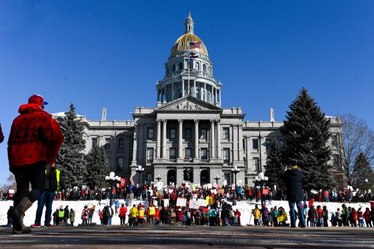 Why  Colorado  pot  loan  has  no  effect  on  the  Denver  teachers  strike