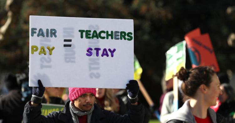 Teachers  strike  in  California  impacts  36,000  students