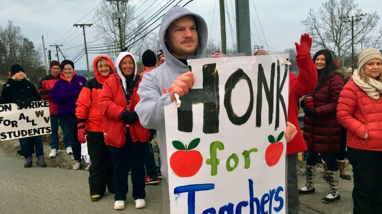 Borsuk:  Politics  aside,  finding (and  keeping)  excellent  teachers  is  at  the  heart  of  what  schools  require