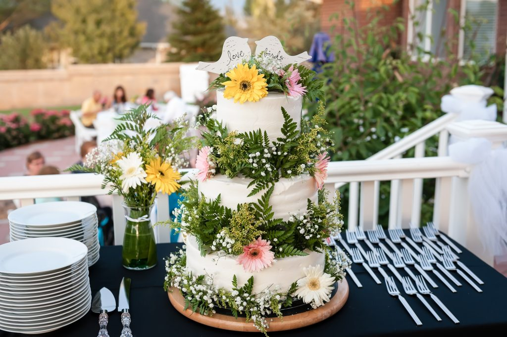 A hand-crafted cake made by a bride who graduated from culinary school.