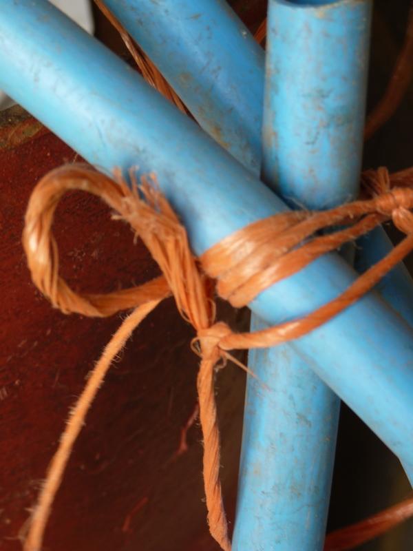 baler twine tying water pipe