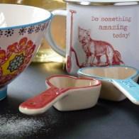 bowl, spoons and enamel mug from Slamseys Art