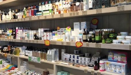 美容商品の棚