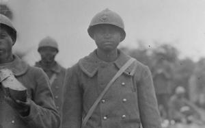 Le 12 juin 1917, à Leuilly-sous-Couy dans l'Aisne.  Photographe : Marcel Lorée © ECPAD