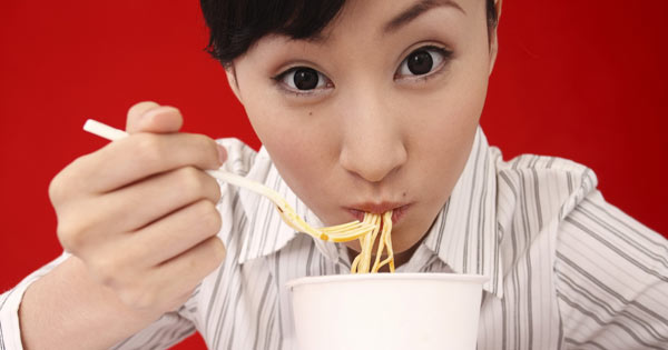 Strange table manners from around the world: slurping noodles is not rude