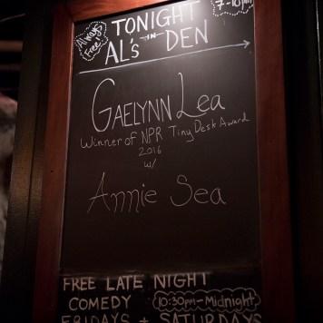 Annie sign_636