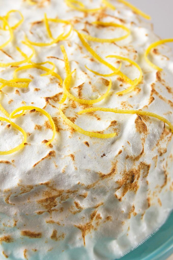 Easy To Make Lemon Sponge Cake Recipe